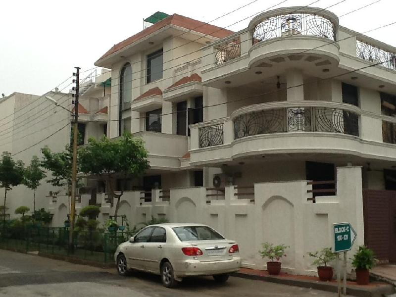 8 BHK Bungalows / Villas for Sale in Sector 48, Noida