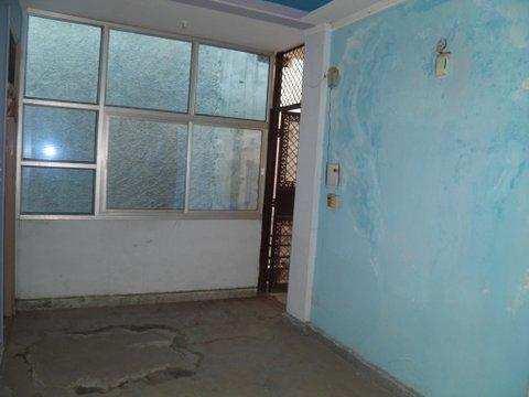 3 BHK Builder Floor for Sale in Shakarpur, Delhi