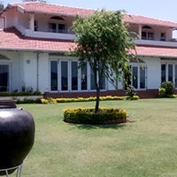 4 BHK Bungalows / Villas for Sale in Coonoor