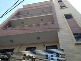 Available 3 Bhk Builder Floor in Posh Area