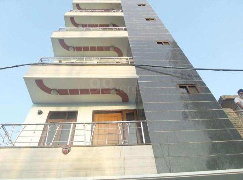 Builder Floor in Uttam Nagar At Reasonable Price