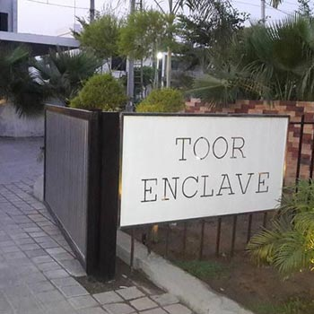 Toor Enclave