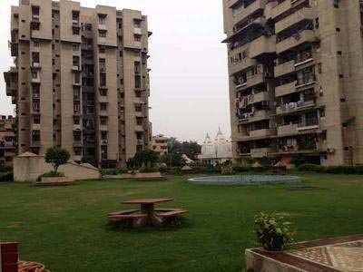 4 BHK Flat For Rent In VIP Road, Surat