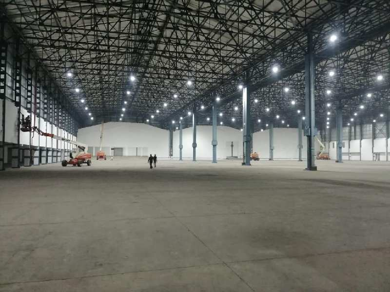 100000 sq ft warehouse for rent