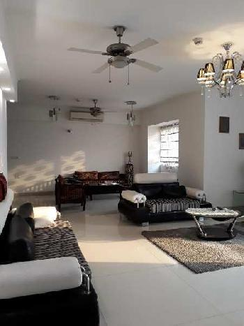 Residential 3BHK Flat for Sale in  Vile Parle East, Mumbai
