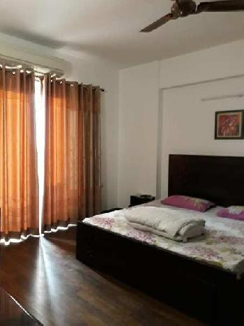 Residential Flat for Rent in Le Repos Apartment, Santacruz West, Mumbai