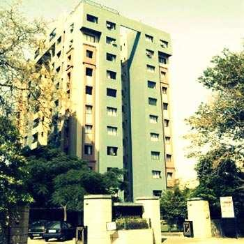 4 BHK Flats & Apartments for Sale in Jodhpur Park, Kolkata South