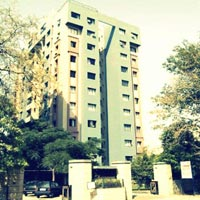 4 BHK Flats & Apartments for Rent in Kolkata South