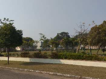400 sq.yrd plot for sale