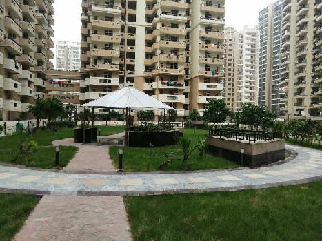 4 BHK Flats & Apartments for Sale in Sector 67, Noida