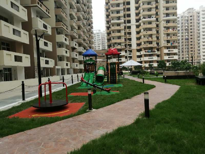 4 BHK Flats & Apartments for Sale in Block G, East Of Kailash, Delhi