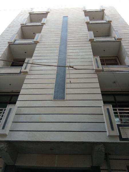 3 BHK Flats & Apartments for Sale in Uttam Nagar, West Delhi