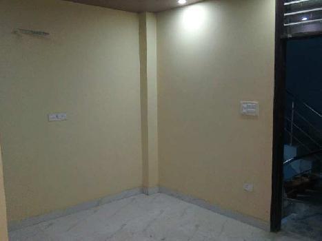2 BHk  Apartment for Sale in Uttam Nagar, Delhi West