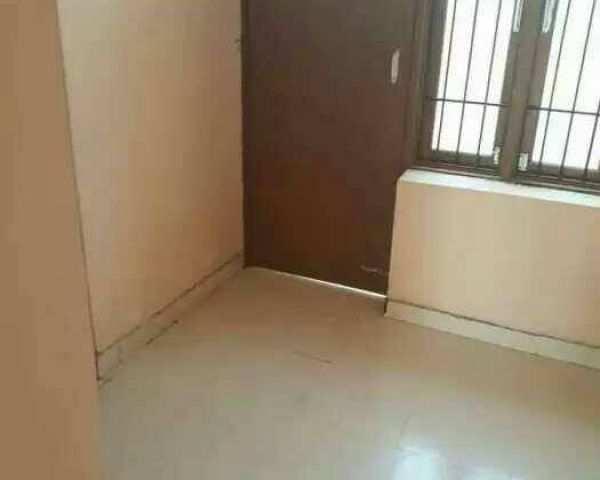 2 BHK Independent Floor For Sale In Mohan Garden, Delhi