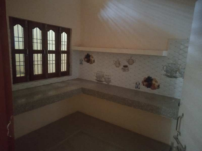 1 BHK Flat For Rent at Dhawari lane no.5(Gangapuram Colony) Satna(M.P)
