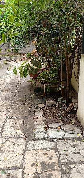 Very nice banglow on rent near Rajmati girls highschool vishrambag Sangli