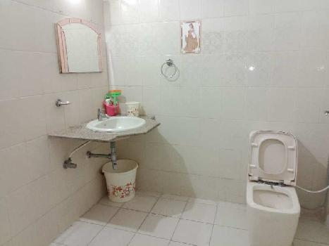 3bhk semi furnished north facing 5year old resale