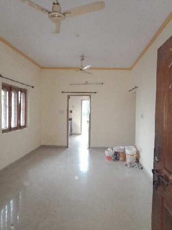 East facing fully ventilated lavish property in poush peaceful area