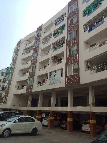 North facing fully ventilated lavish property in poush peaceful area