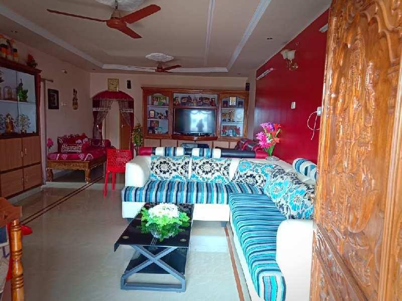3 bed room flat