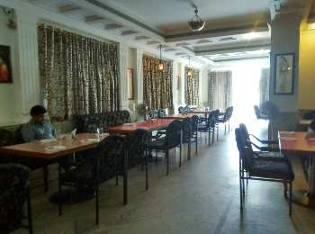 hotel come restaurant commercial building for sale
