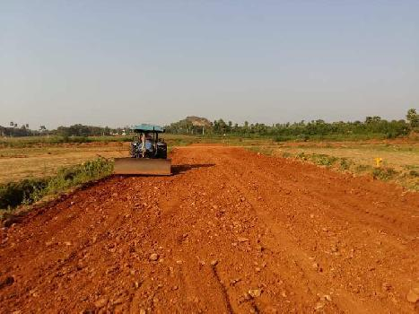 100% Loan Facility VUDA Plots for sale in dakamarri..