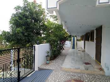 individual house for sale near diwan cheruvu