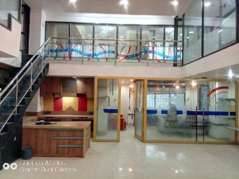 Kingsway sadar commercial space for rent