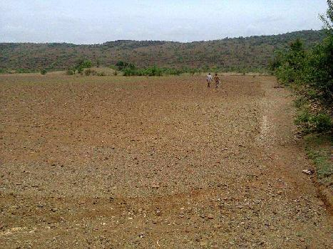 222 Sq. Yards Commercial Lands & Plots for Rent