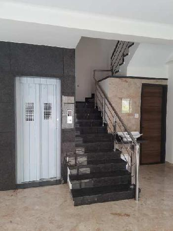 170 Sq. Yard Villa for sale at prime location in Piplod, Surat.