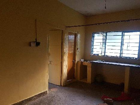 A very clear title 0.5 bhk Flat at Yelahanka New Town, can stay or can rent .