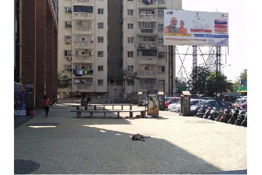 4450 Sq.ft. Showrooms for Rent in S G Highway, Ahmedabad