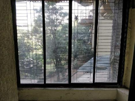 SPACIOUS & SEMIFURNISHED VASTU 3 BHK ON RENT, WITH 2 CAR PARKINGS..JUST 2 KMS. FROM THANE STATION WEST