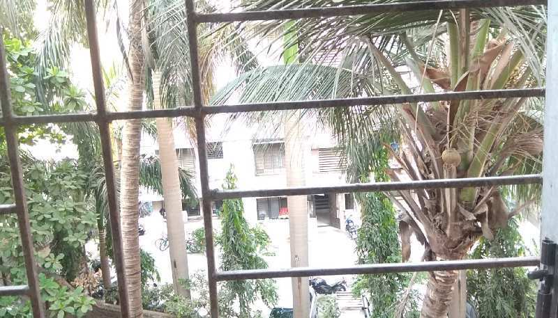 ON RENT: 1 BHK (3 Kms.From Thane Stn.) FOR FAMILY WITH CAR PARKING.