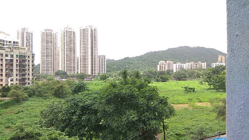 VASTU 1 BHK FOR ₹ 45 LAKH IN A COMPLEX AT THANE WEST. (BEST OPTION FOR INVESTORS AS WELL.)