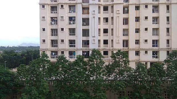 SPACIOUS 2 BHK FOR ₹ 87 LAKH ONLY IN HIRANANDANI ESTATE, THANE WEST