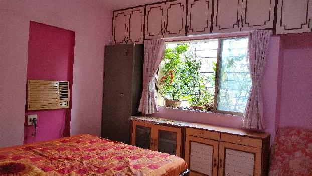 SPACIOUS 2 BHK IN LOW COST NEAR THANE STATION WEST.