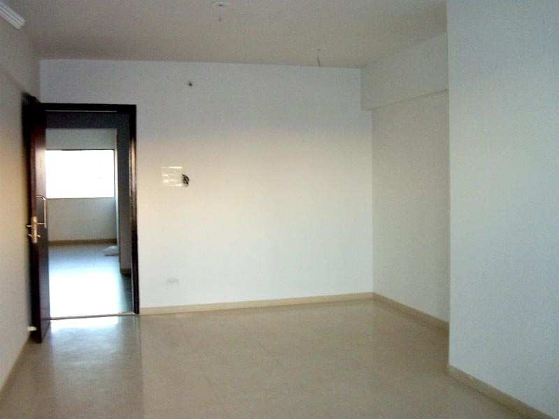 2 BHK Flat For rent at Malad East