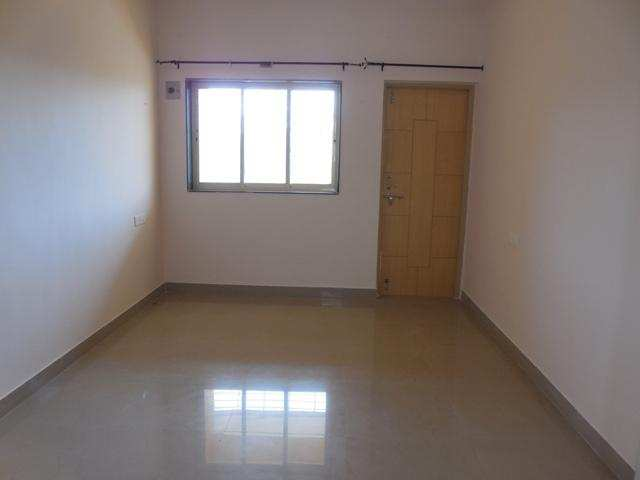 3 BHK Flat For rent at Malad East
