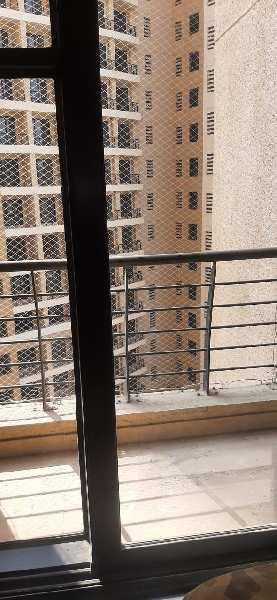 1 bhk flat in conwood Astoria. With parking