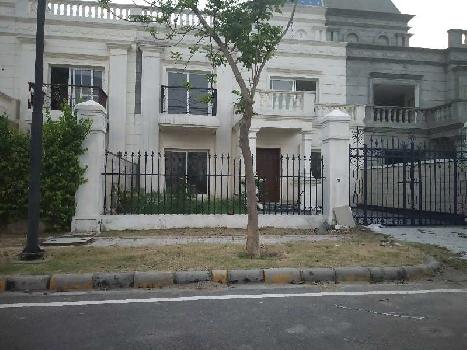 Villa is for URGENT SALE AT DREAM CITY AMRITSAR