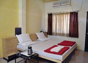 3 BHK Flats & Apartments for Rent in Chala, Vapi