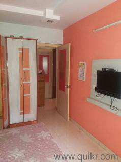 2bhk Haria hospital rd available