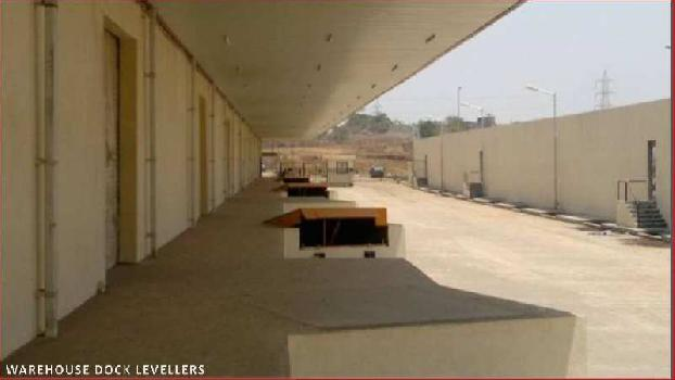 Warhouse PEB Shade for Lease