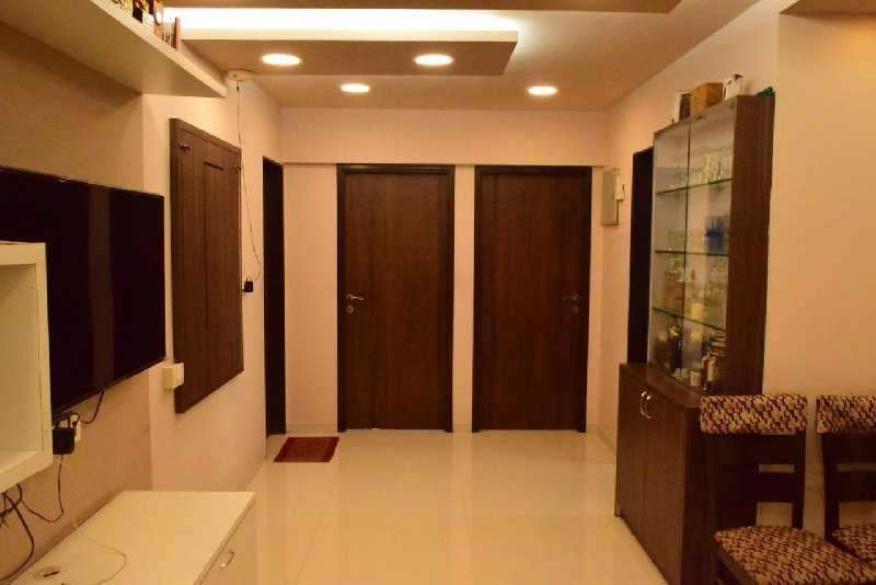 2 BHK Flats & Apartments for Sale in Kurla East, Mumbai