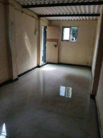 300 Sq.ft. Warehouse/Godown for Rent in Chembur East, Mumbai