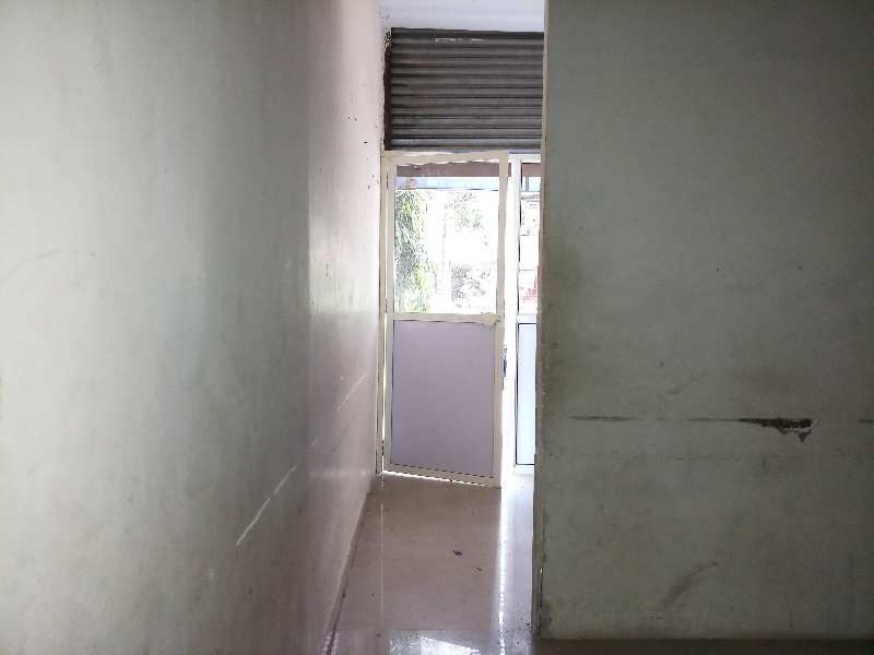 667 Sq.ft. Commercial Shops for Sale in Ulwe, Navi Mumbai