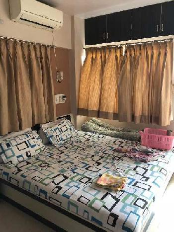 3 BHK Flats & Apartments for Sale in Adajan, Surat