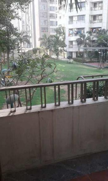 2 BHK Flats & Apartments for Sale in Pal, Surat