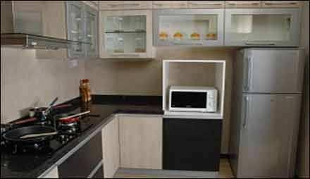 2 BHK Flat For Rent at Malad East . Mumbai